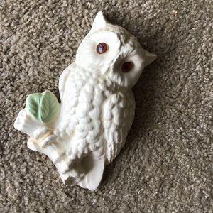 Vintage 1970s kitschy owl wall art